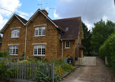 4 Stone Cottages, Woolsthorpe by Belvoir, Lincs, NG32 1LY